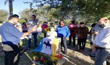CÓRDOBA : SE PRESENTÓ LA BANDERA BROCHERIANA EN MALAGUEÑO CON CREADOR ALTAGRACIENSE.