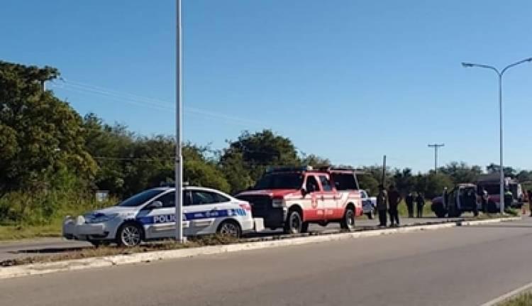 TRAGEDIA EN LA VILLA DE MERLO : MURIÓ UN MOTOCICLISTA TRAS CHOCAR CON UN CAMIÓN MUNICIPAL.