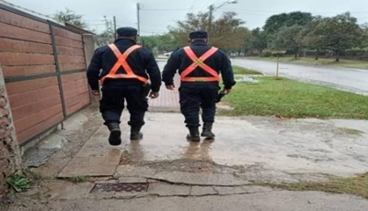 VILLA DE MERLO : LA POLICÍA CIUDADANA AUXILIÓ A UNA MUJER QUE SE DESCOMPENSÓ.